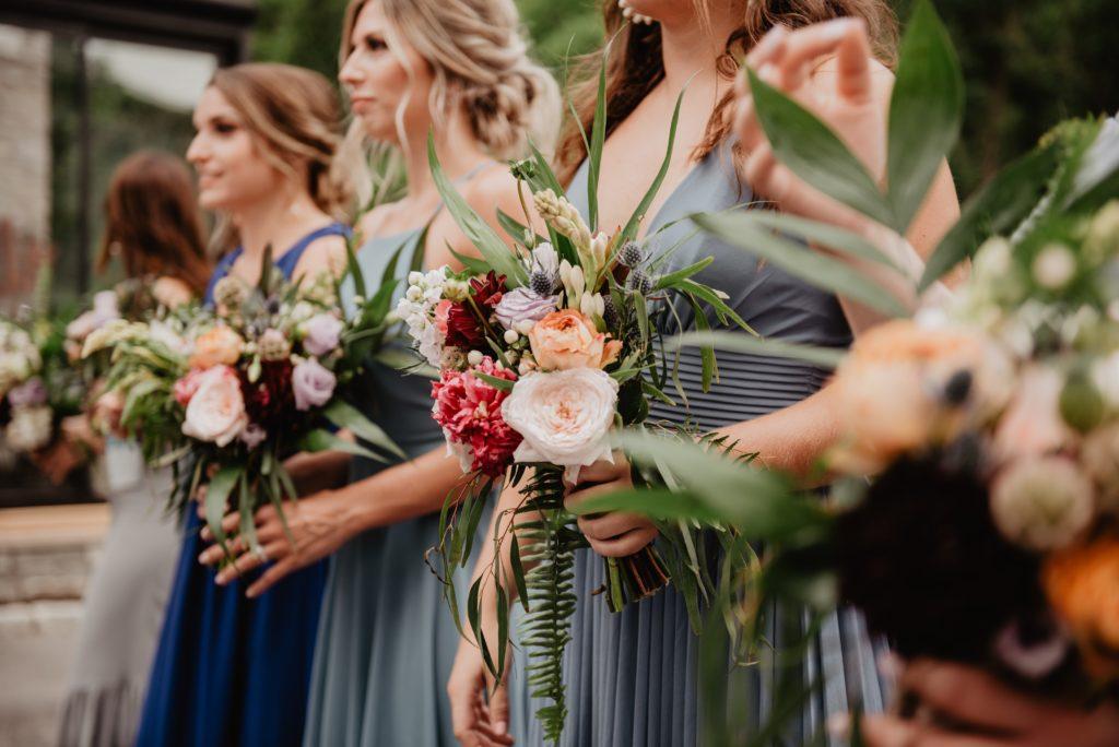 подружки невесты, свадьба, цветы, платье подружки