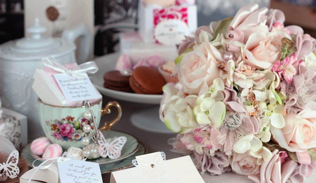 свадьба, свадебный декор, молодожены, ведущий