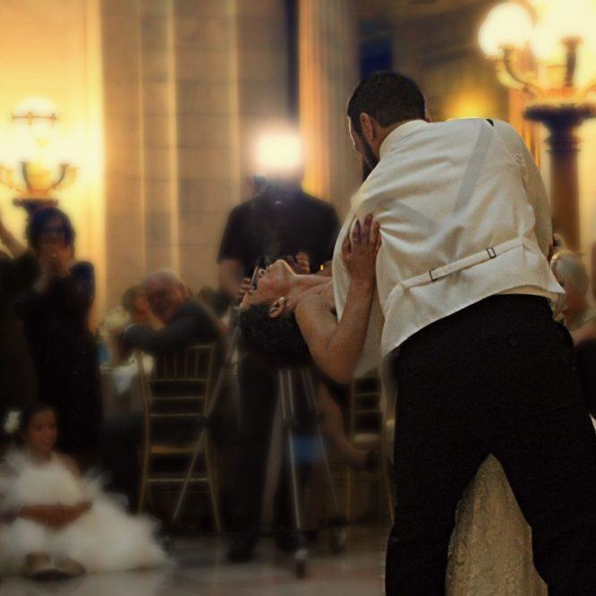 свадебный банкет, молодожены, банкетный зал, свадьба